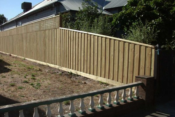 Treated Pine paling with Lattice and Capping