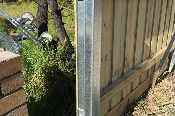 Galvanized Steel fence posts - end view