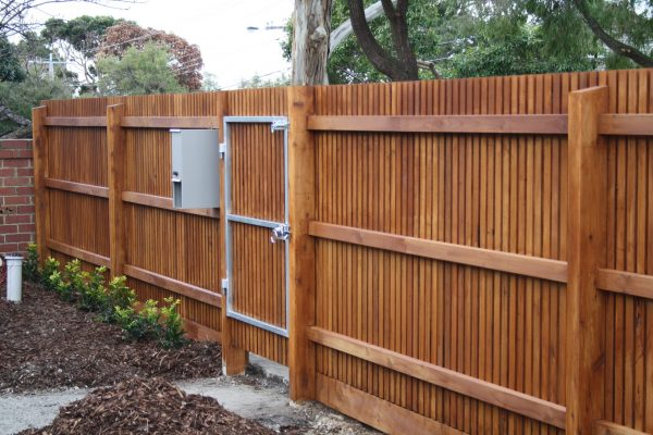 Hardwood batten fence with Single gate and letterbox fitted - Rear view
