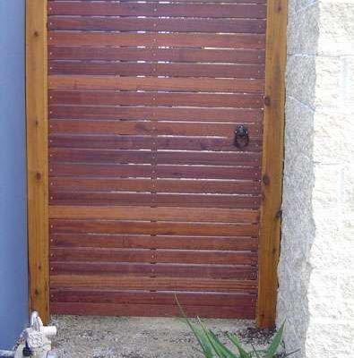 Single Gate with Horizontal Merbau and black ring latch