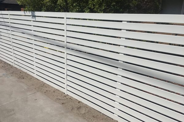 White Smartslat Fencing with concealed posts - Front view