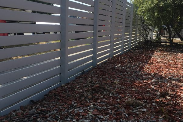 White Smartslat Fencing with concealed posts - Rear view