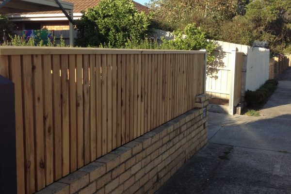 top-class-fencing-Picket-fence-with-Capping-above-existing-brick-wall