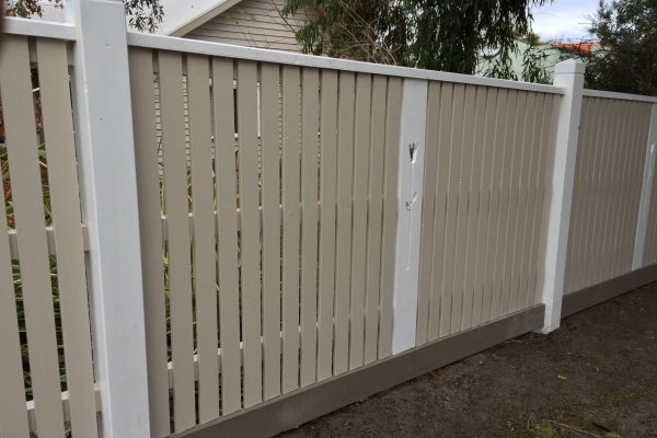 Exposed post Picket fence with Gabled Lipped Capping and Laser cut panel mid bay